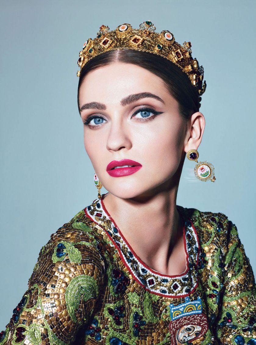 makeup-artist-pat-mcgrath-dolce-gabbana-runway-beauty-main
